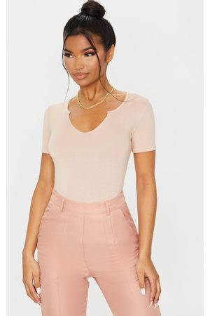 PRETTYLITTLETHING Blush Jersey V Short Sleeve T Shirt