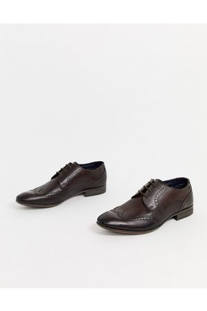 Base London Philby wing cap brogues in
