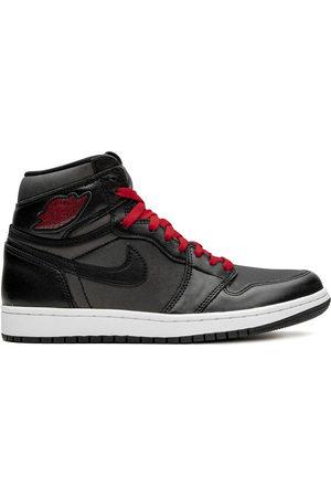 Jordan Air 1 Retro High OG satin/gym red