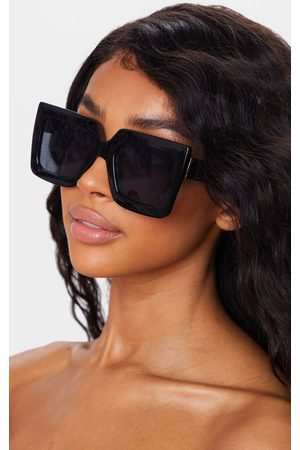 PRETTYLITTLETHING Square Oversized Frame Sunglasses