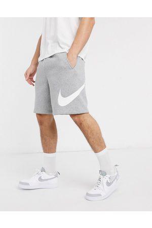 Nike Club shorts in