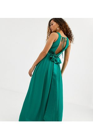TFNC Bridesmaid maxi dress with bow back in emerald