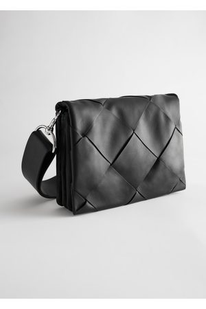 & OTHER STORIES Leather Diamond Braided Crossbody Bag