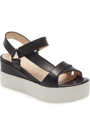 Wonders Women Sandals - Women's B-7505 Platform Sandal