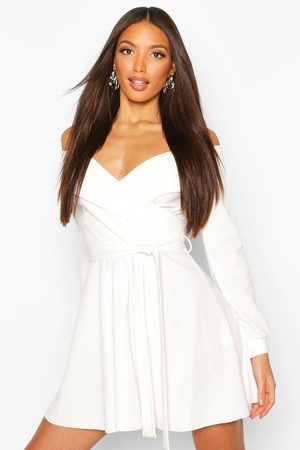 Boohoo Womens Tall Off The Shoulder Belted Skater Dress - - 2