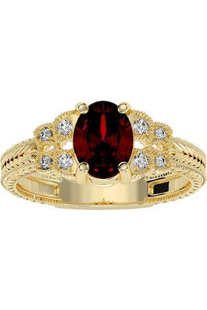 SuperJeweler Women Rings - 1.5 Carat Oval Shape Garnet & 8 Diamond Ring in (3.50 g)
