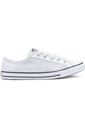 Converse Chuck Taylor All Star Dainty Leather Low Top