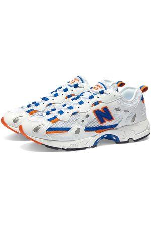 New Balance Men Sneakers - ML827AAA