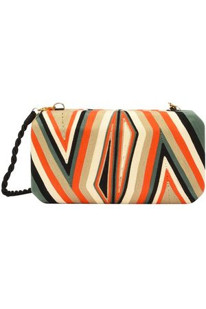 Beatriz Cheska clutch