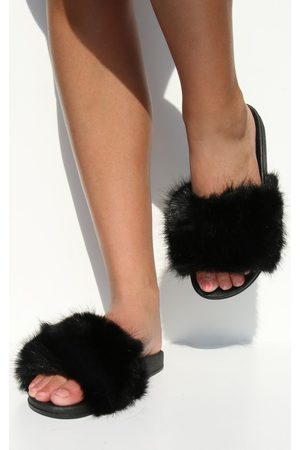 PRETTYLITTLETHING Faux Fur Strap Slides