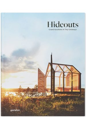 Publications Hideouts: Grand Vacations in Tiny Getaways