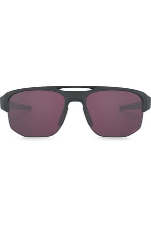 Oakley Men Aviators - Aviator shaped sunglasses