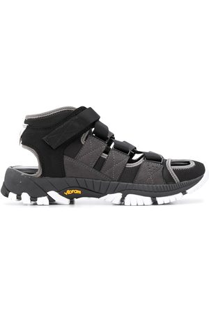 WHITE MOUNTAINEERING Vibram contrast sole sandals