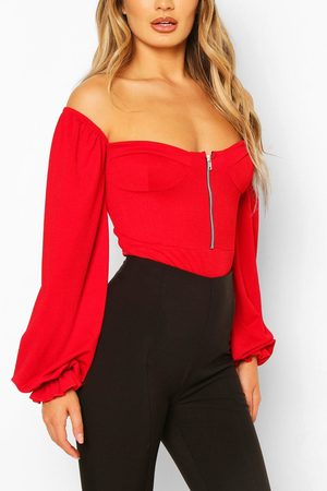 Boohoo Womens Cup Detail Off The Shoulder One Piece - - 2