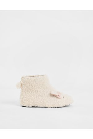 CHARLES & KEITH Girls' Nellie The Lamb Furry Ankle Boots