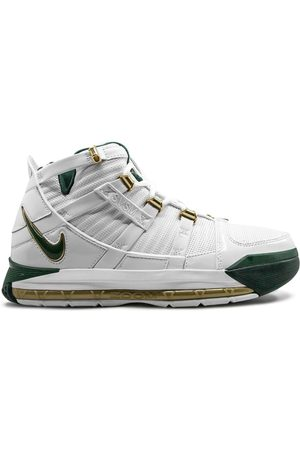 Nike Zoom LeBron 3 sneakers