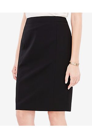 ANN TAYLOR Seasonless Stretch Seamed Pencil Skirt in Curvy Fit Size 0 Women's