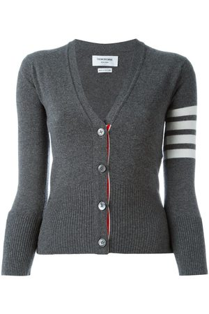 Thom Browne Classic V-Neck Cardigan In Cashmere With White 4-Bar Sleeve Stripe - Grey