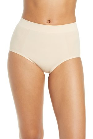 Wacoal Women's Keep Your Cool Shaping Briefs