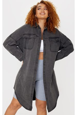 PRETTYLITTLETHING Plus Washed Longline Oversized Denim Shirt