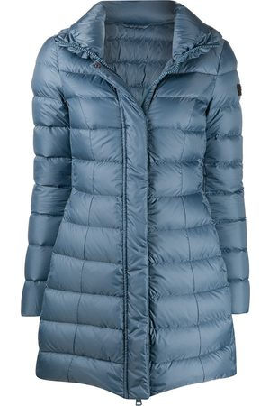 Peutery Mid-length down-filled coat