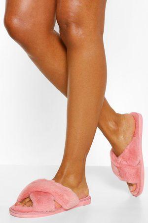 Boohoo Women Sweats - Womens Fluffy Cross Front Slippers - - S