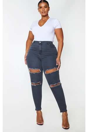 PRETTYLITTLETHING Plus Washed Double Rip High Waisted 5 Pocket Skinny Jean