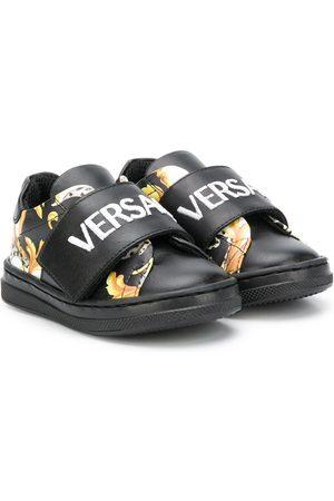 VERSACE Low top baroque print sneakers