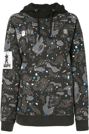 A BATHING APE® Hooded camouflage-print sweatshirt