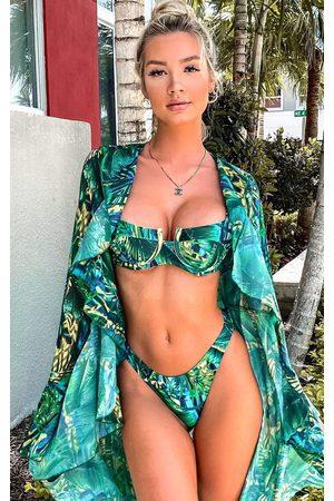 PRETTYLITTLETHING Tropical Underwired Bikini Top