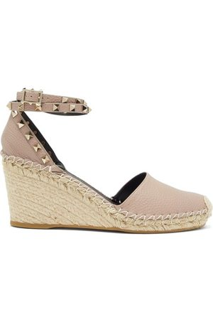 VALENTINO GARAVANI Women Sandals - Rockstud Leather Espadrille Wedges - Womens - Nude