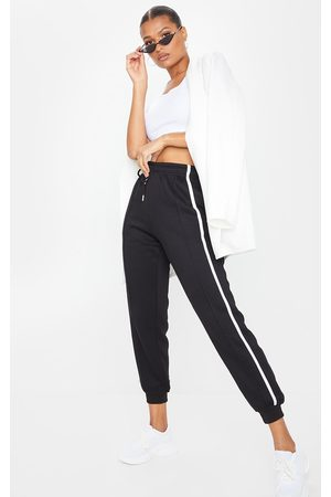 PRETTYLITTLETHING Double Side Stripe Joggers