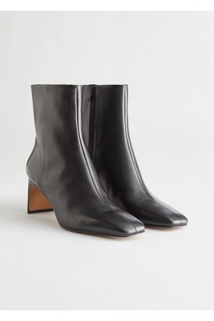 & OTHER STORIES Slim Block Heel Leather Boots