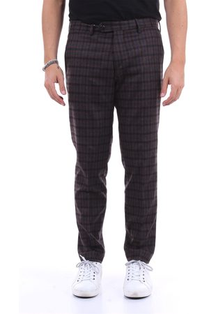 MICHAEL COAL Cropped Men and
