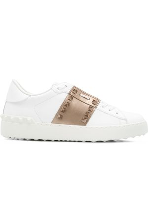 VALENTINO GARAVANI Rockstud leather sneakers