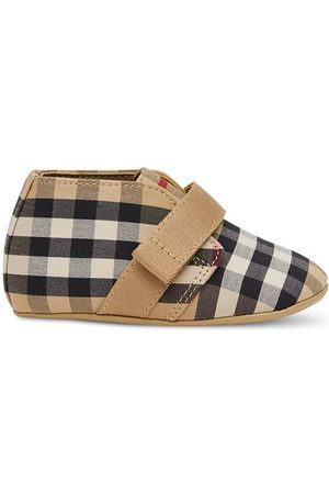 Burberry Vintage Check-print crib shoes - Neutrals