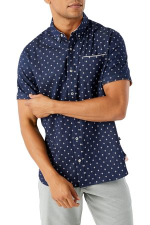 7 Diamonds Men's Pictures Of You Short Sleeve Button-Down Chambray Shirt
