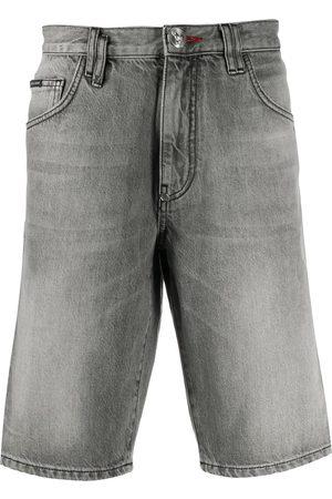 Philipp Plein Men Shorts - Hexagon logo denim shorts - Grey