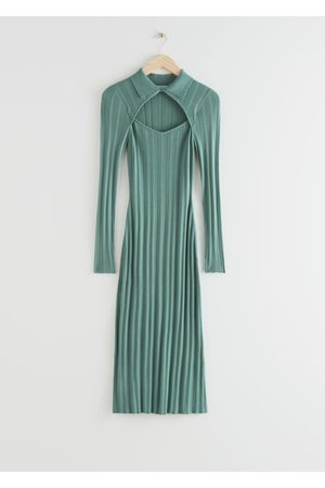 & OTHER STORIES Fitted Cut Out Midi Rib Dress