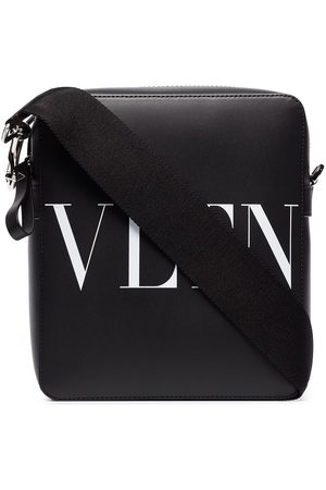 VALENTINO GARAVANI VLTN logo-print shoulder bag