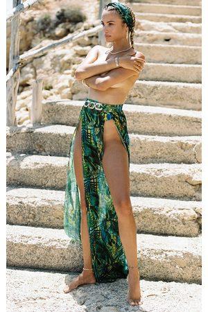 PRETTYLITTLETHING Tropical Gold Trim Split Front Beach Skirt