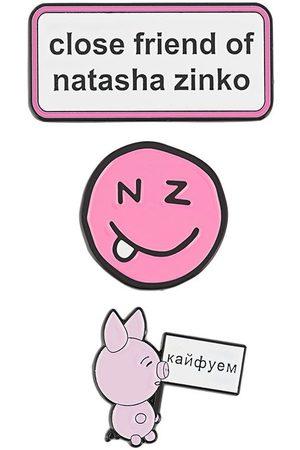 Natasha Zinko Slogan and smiley pins set