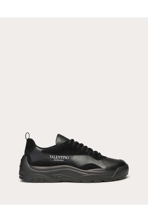VALENTINO GARAVANI Gumboy Calfskin Sneaker Man Polyamide 100% 39