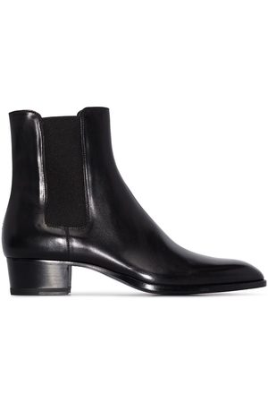 Saint Laurent Wyatt 40 boots