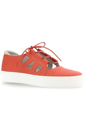 Cloud Women's Utari Cutout Platform Sneaker