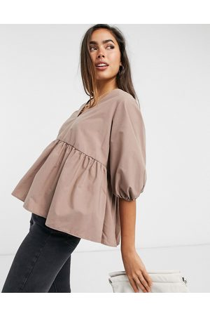 ASOS Long sleeves - Long sleeve cotton smock top with pep hem in chocolate