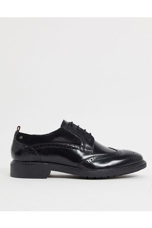 Base London Lennox brogues in leather