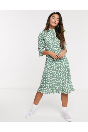 QED London Frill hem midi dress in sage floral