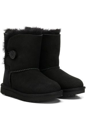 UGG Side buttoned boots