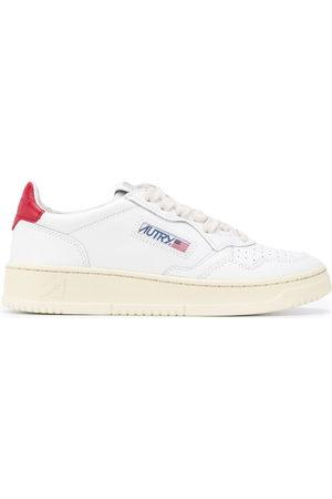 Autry Contrasting heel sneakers